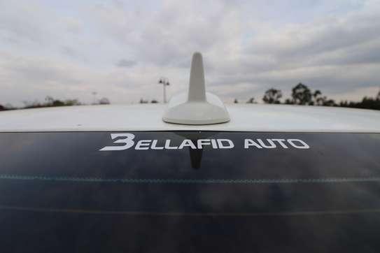 Mercedes-Benz E250 image 15