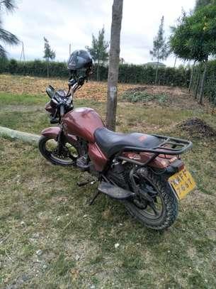 Keeway motorcycle scooter image 2