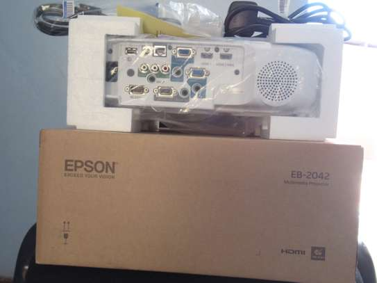 Epson Projector EB-2042 with 4400 Lumens image 2