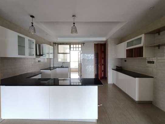 4 bedroom apartment for rent in Kileleshwa image 2