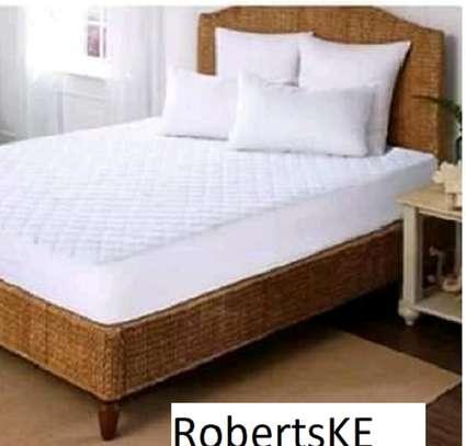 white mattress pad image 1