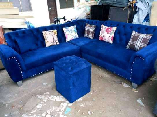 Five seater Chesterfield corner sofa image 1