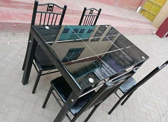 Dining table set with 4 seats image 1