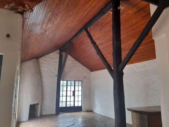 Furnished 6 bedroom house for rent in Karen image 14