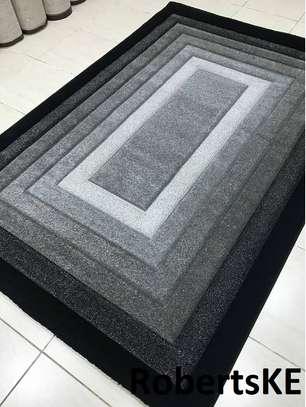grey carpet image 1
