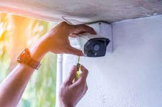 CCTV cameras installer image 6