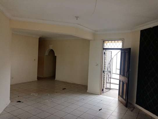 4br house for rent in Nyali Beach Road. image 2