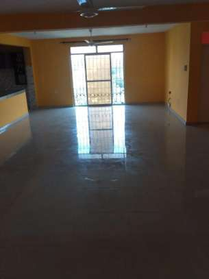 3br apartment for rent in Bamburi. AR104 image 2
