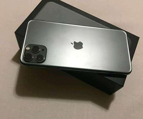 Apple Iphone 11 Pro Max [ 512 Gigabytes ] Green image 1