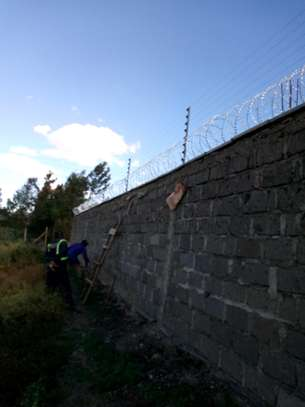 Electric fence services image 1