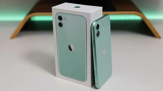 Iphone 11 128gb.1 YEAR Apple warranty image 1
