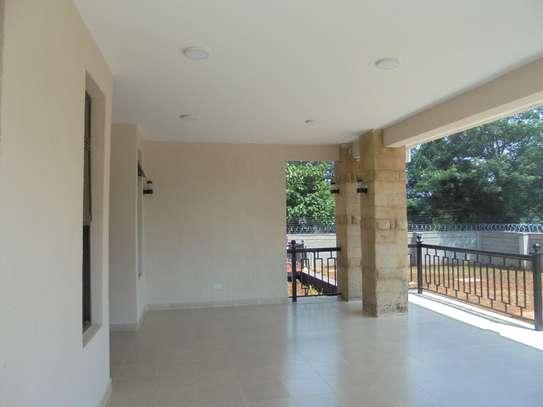 6 bedroom house for rent in Runda image 4