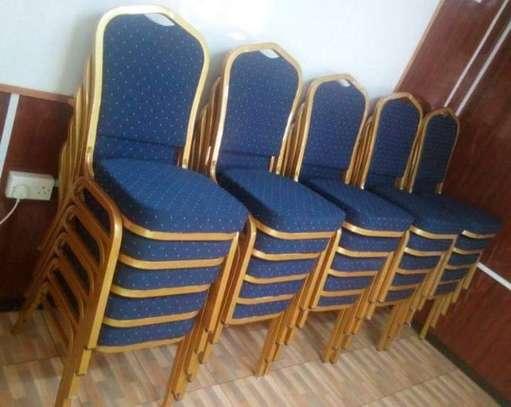 Banquets study seats image 5