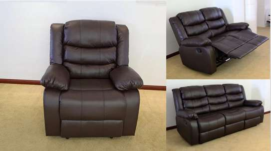 6 seater recliner image 1