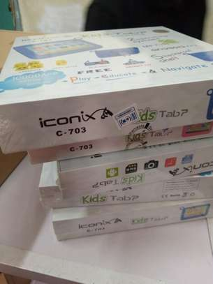 Iconix kids tablet image 2