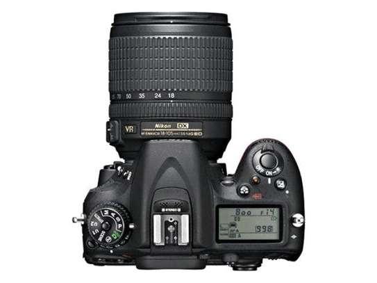 Nikon D7100 Camera Plus AF-S DX 18-140mm f/3.5-5.6G ED VR Kit Black image 2