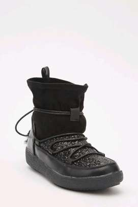 Glittery contrasted ankle boots image 1