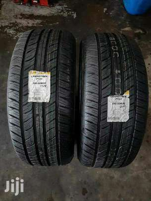 285/50R20 Dunlop Tyres image 3