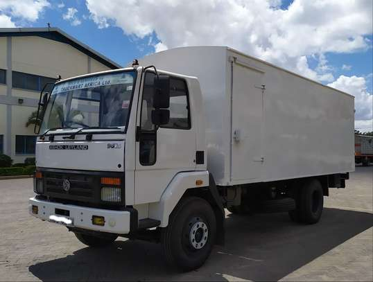 Ashok Leyland 9016 with body (Deal of the month)