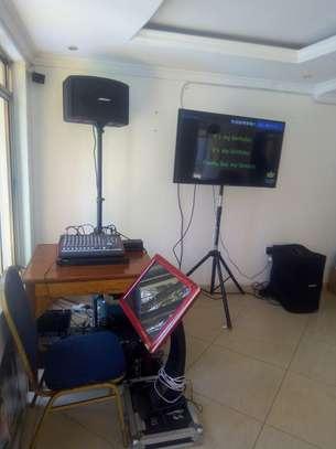 karaoke machine for hire image 1