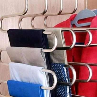 Trouser hangers image 3