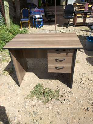 3 drawers table image 1