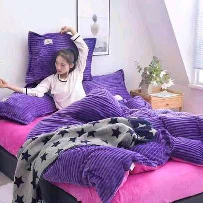7 by 8 Fleece Duvet ....4pcs image 2