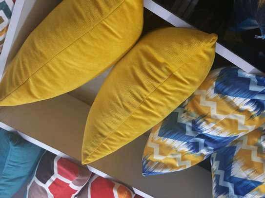 YELLOW SWEDE QUALITY THROW PILLOWS image 3