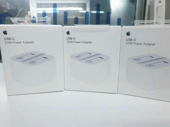 Apple USB-C 20W power adapter image 1