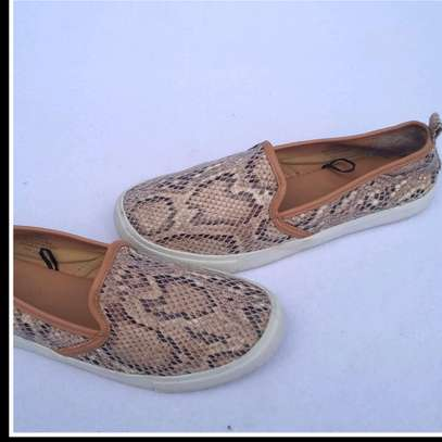 H&M snake print rubber shoes image 3