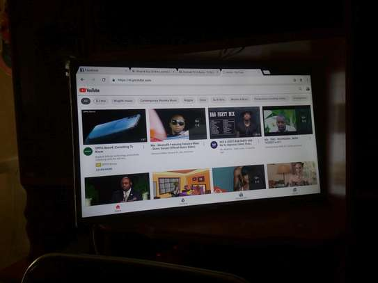 Smart TV 32 inches image 1