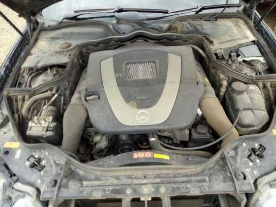 Mercedes-Benz E250 image 8