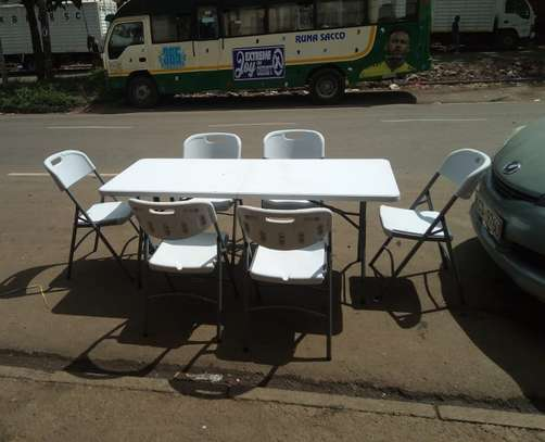 Foldable table with chairs 36.0 utc image 2