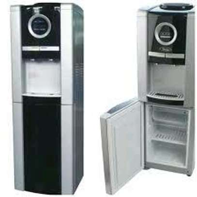 Hot and Cold water dispenser image 3