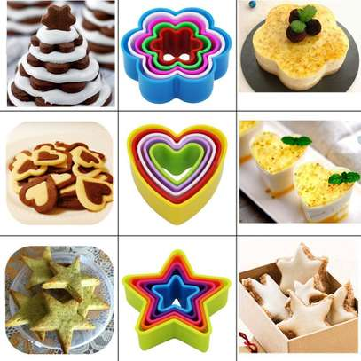 Plastic Dough Cookie Cutter, Assorted - 1 Set image 1