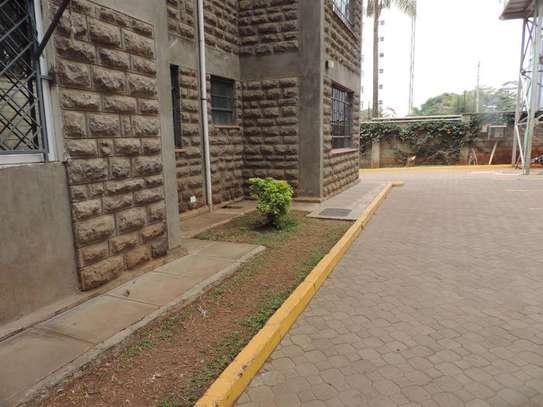 Kilimani - Flat & Apartment image 15