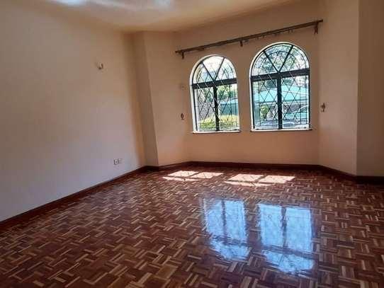 4 bedroom apartment for rent in Rhapta Road image 12