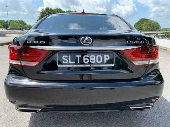 Lexus LS 4.6 V8 image 3