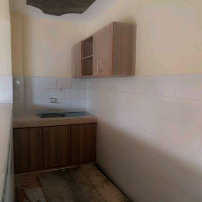 ONE BEDROOM APARTMENT TO LET image 3
