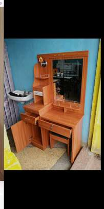Dressing table-front view