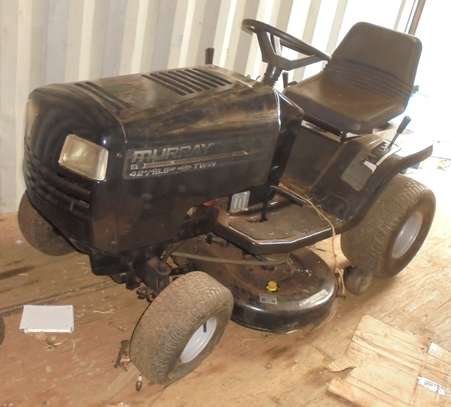 MURRAY Rear-Engine Riding Lawn Mower image 6
