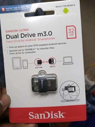 SanDisk Ultra 32GB Dual Drive m3.0 image 1