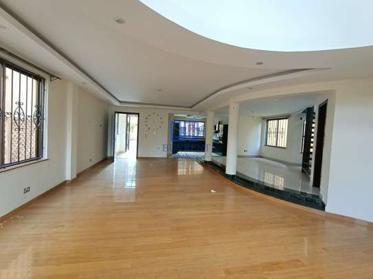 5 bedroom house for rent in Brookside image 10