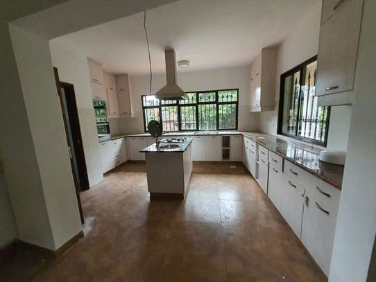 KSH 150 000 PER MONTH   1 BEDROOM HOUSE TO RENT IN MUTHAIGA image 3
