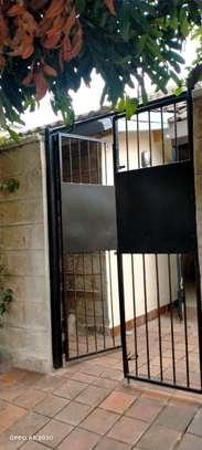 1 bedroom house for rent in Kileleshwa image 18