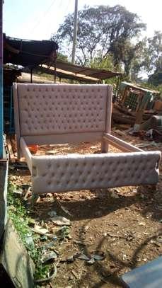 Beds mahogany 5*6 image 1