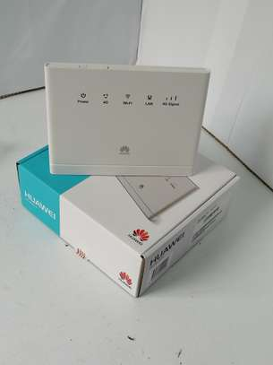 Huawei B315s Unlocked 150 Mbps 4G LTE WIFI FAIBA  ROUTER- image 1