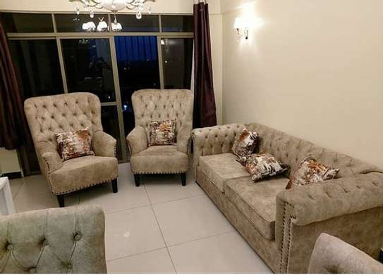 Chesterfield Sofas image 1