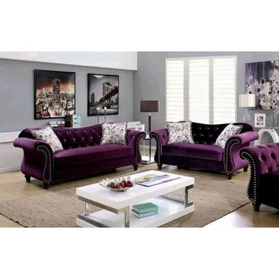 Stylish Timeless Quality 5 Seater Camel Back Chesterfield Sofa image 1