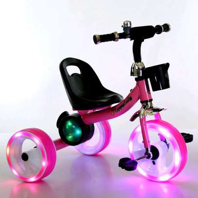 Tricycle p003 image 2